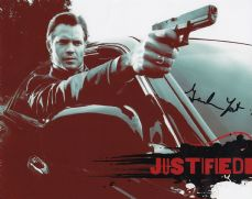 "P132GY GRAHAM YOST SIGNED ""JUSTIFIED"" SIGNED 10X8 PHOTO GUARANTEED AUTHENTIC AUTOGRAPH …"